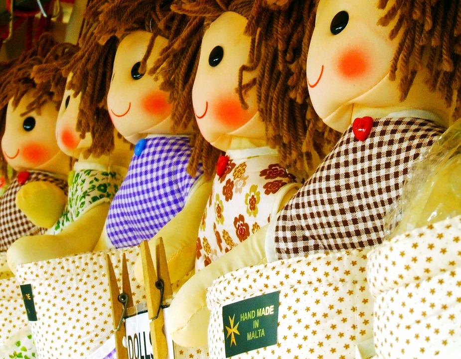 doll-1043499_960_720